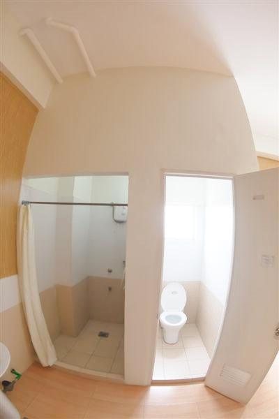 CDU寮トイレ写真